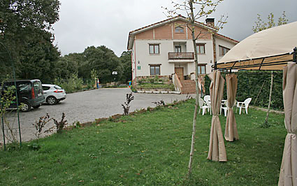 Casa-Rural-Los-Huetos-Fachada